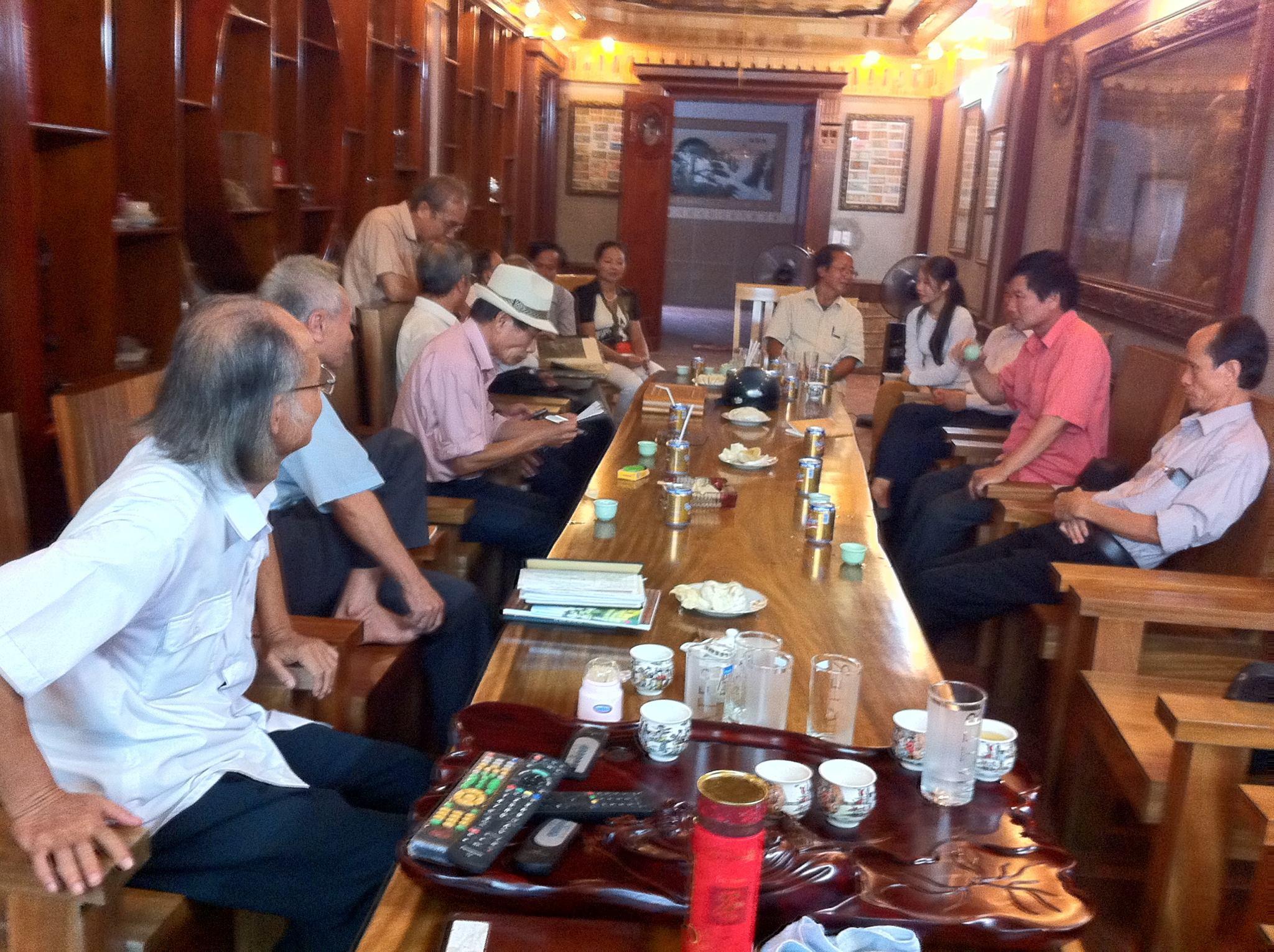 Câu lạc bộ thơ tại Quang Huy
